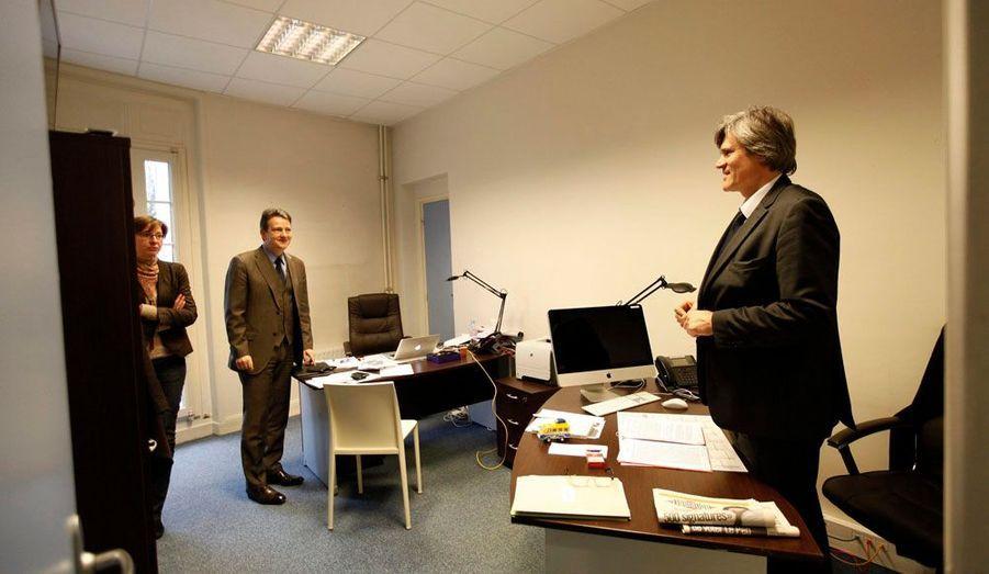 Les principaux responsables de la campagne disposent de leur propre bureau, comme Stéphane Le Foll, proche de François Hollande en charge de l'organisation au sein de la direction de campagne.