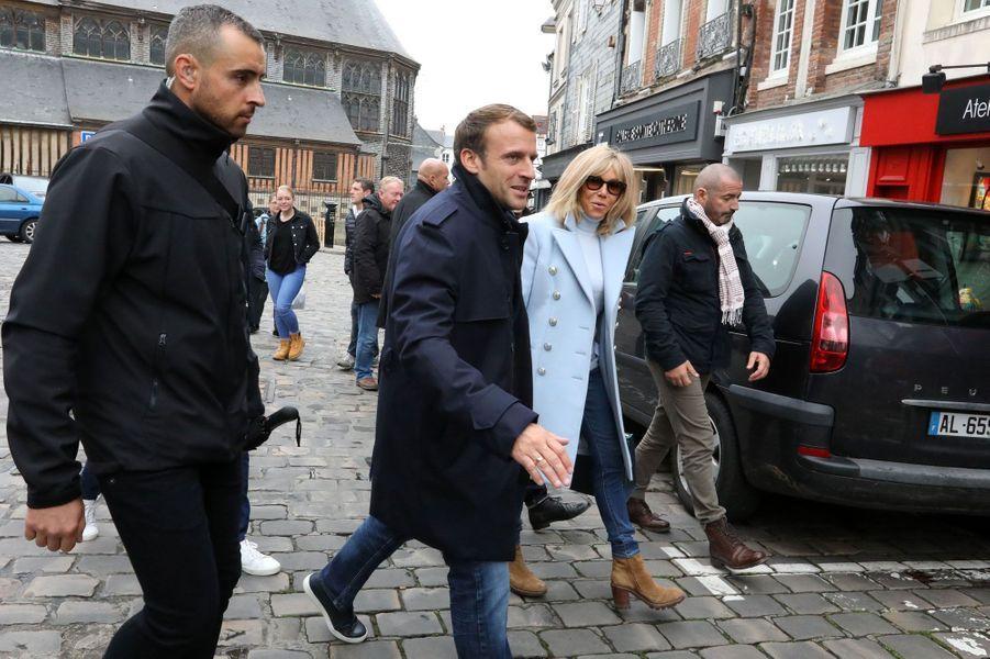 Emmanuel et Brigitte Macron à Honfleur.