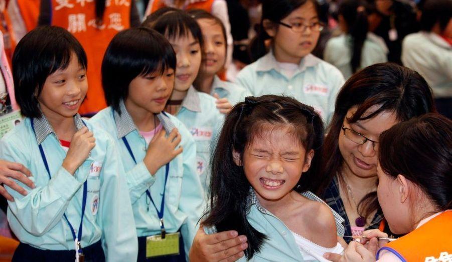 La vaccination contre la grippe A a également débuté à Taïwan. Les écoliers seront tous vaccinés contre cette nouvelle forme de grippe.