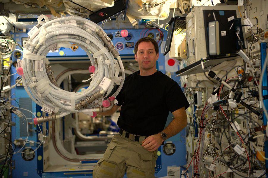 Les cables, cauchemar de tout astronaute