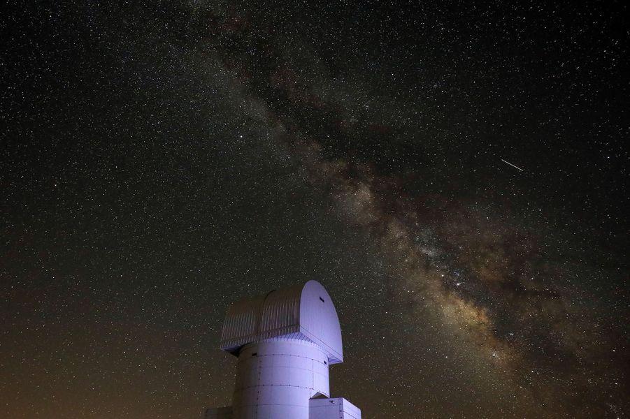 Au-dessus de l'observatoire de Helmos (Grèce).