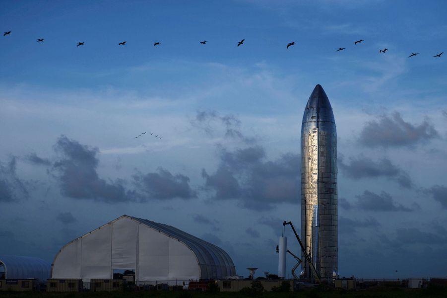 Un prototype de la fusée SpaceX's photographié à Boca Chica, dans le Texas.