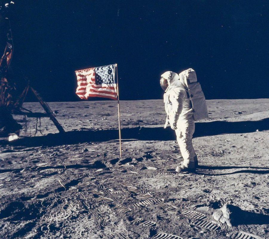 Buzz Aldrin photographié par Neil Armstrong, Apollo 11, Juillet 1969