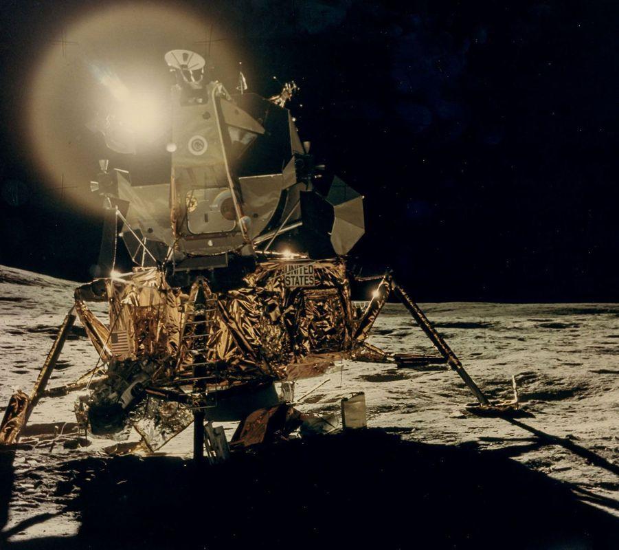 Le module lunaire Antarès lors d'Apollo 14, en 1971