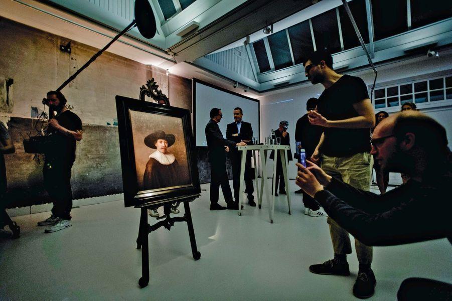 « Le prochain Rembrandt » : exposé à Amsterdam en 2016, ce tableau inédit a été créé par un ordinateur d'après l'analyse d'oeuvres du maître flamand.