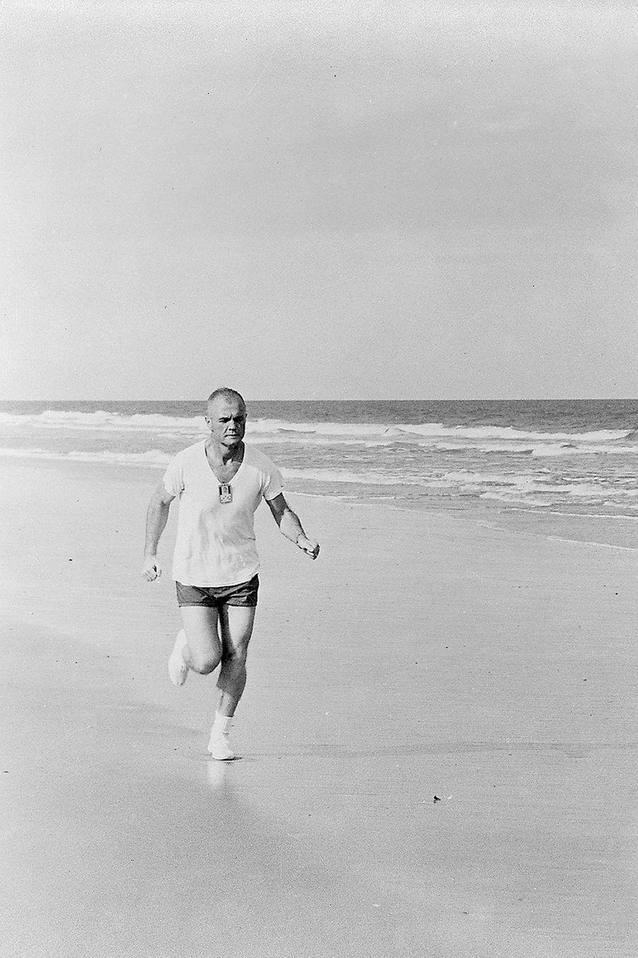 John Glenn à l'entrainement, 1961