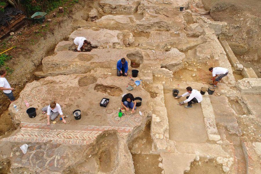 La demeure, longue de28 mètres et large de 10 mètres, a été bâtie durant la première moitié du 1er siècle.