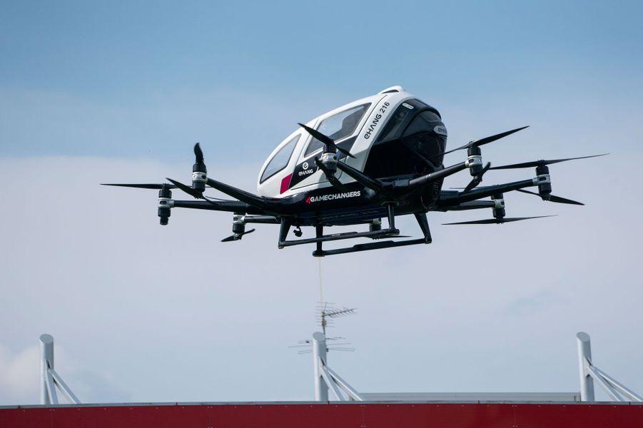 Un taxi-drone s'est élevé dans le ciel autrichien pour la première fois, le 4 avril 2019.