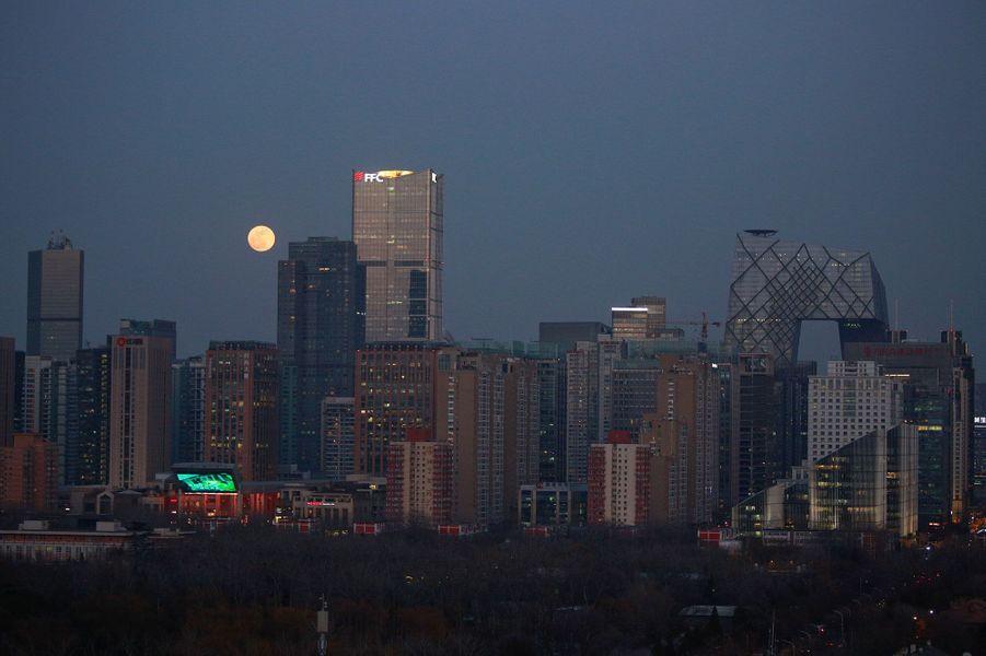 """""""Super lune bleue de sang"""" à Pékin, en Chine"""