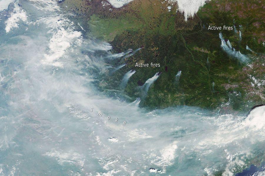 Août. Les incendies sibériens immortalisés depuis l'espace le 23 juin 2020.