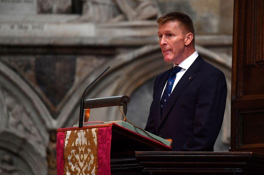 L'astronaute britannique Tim Peake, lorsde la cérémonie d'inhumation de l'astrophysicien Stephen Hawking, àWestminster, le 15 juin 2018.