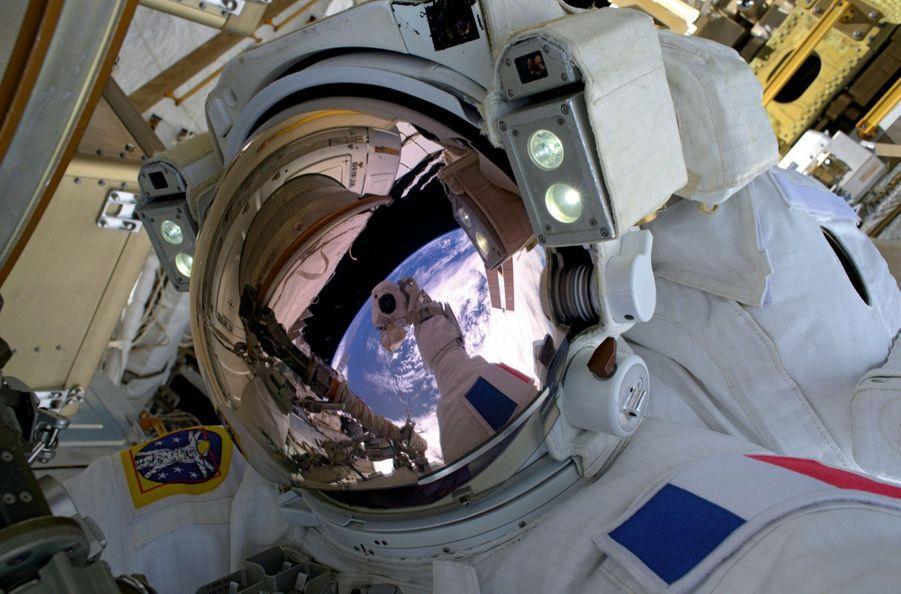 Message de Thomas aux Terriens : « C'est un passage obligé. Je suis mon propre vaisseau spatial ! Un sentiment inoubliable. »