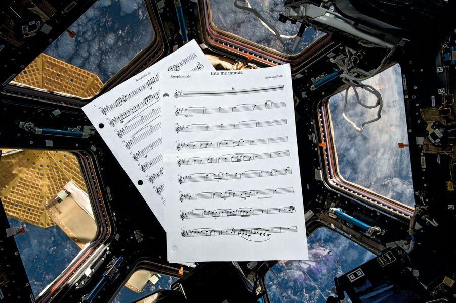 La partition du saxophoniste jazz Guillaume Perret que Thomas joue parfois le soir ou le week-end.