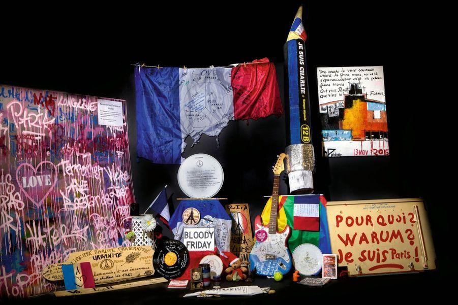 Quelques-uns des objets sélectionnés par le musée Carnavalet et destinés à entrer dans les collections patrimoniales.
