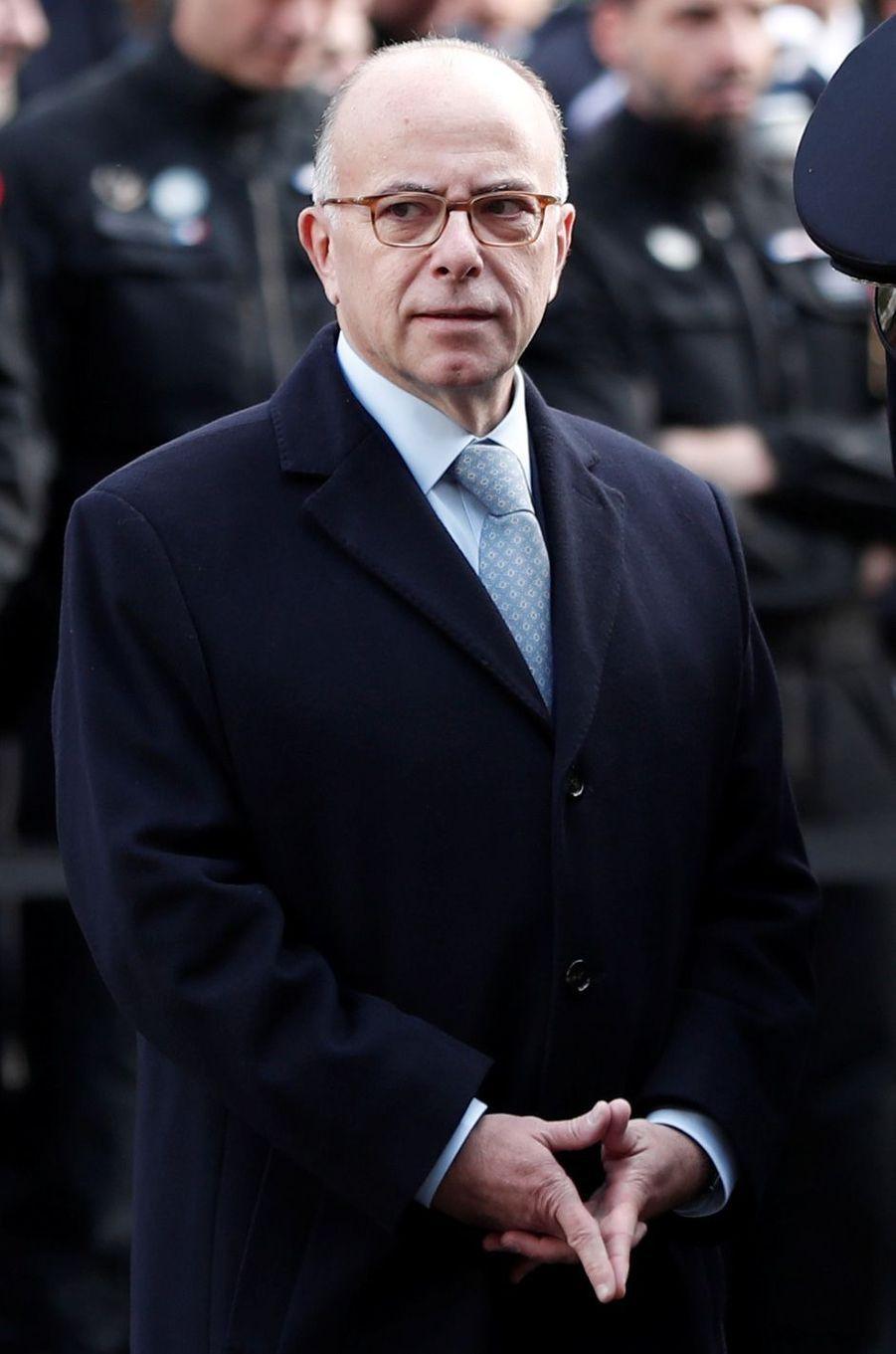 Bernard Cazeneuve lors de la cérémonie au Bataclan.