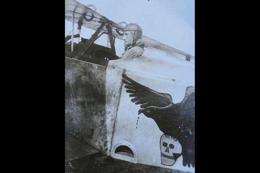 Goslen de la Poëze, escadrilles N 91, N 75, SP 75. Arrière-grand-père de Matthias Petit et de Jérôme Huffer