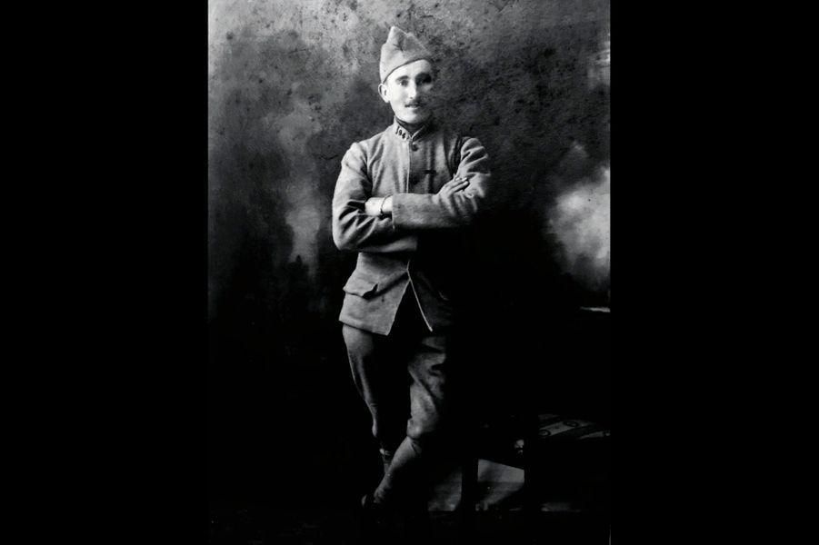 Eugène le gac, grenadier au 41e RI. Grand-père d'Olivier Royant.