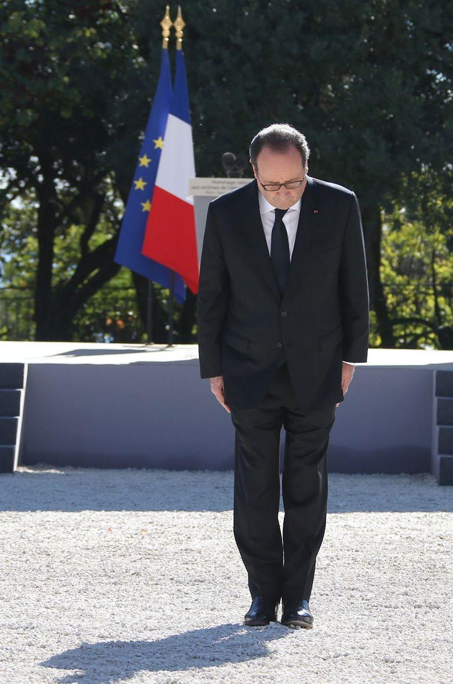 François Hollande à l'hommage rendu aux 86 victimes de l'attentat de Nice, le 15 octobre 2016.
