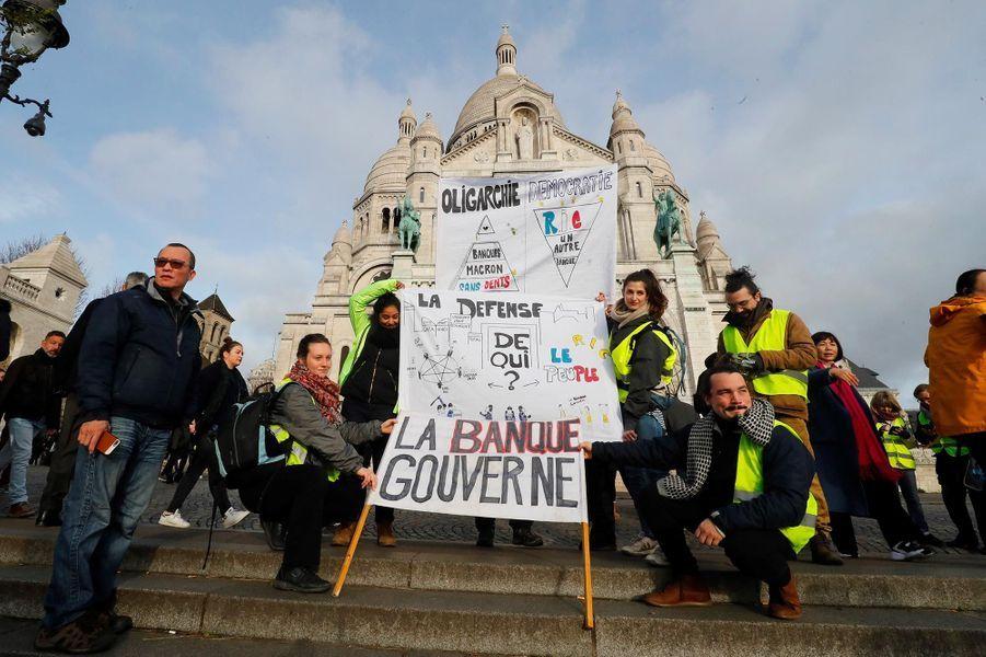 """Cortège de """"gilets jaunes"""" à Paris, le 22 décembre 2018."""