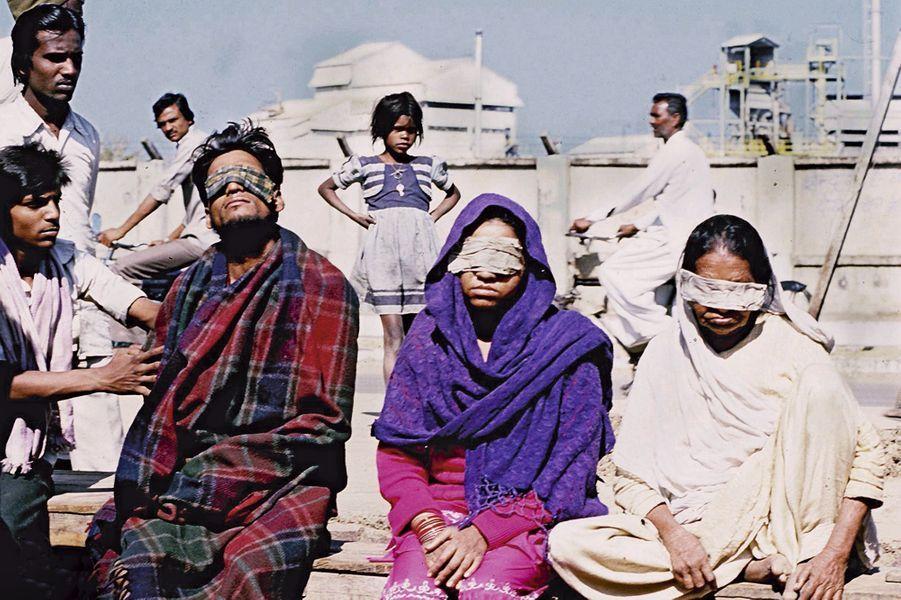 L'usine Union Carbide, à Bhopal, en Inde. En 1984, l'explosion d'une cuve chimique fait des dizaines de milliers d'aveugles et tue 25 000 personnes.