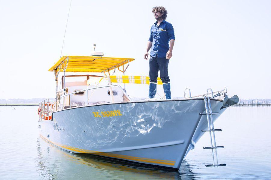 Eneko, incontournable taxi-boat du Cap Ferret. Avec ses bateaux BatExpress, il organise jour et nuit des navettes entre Arcachon et le Ferret.