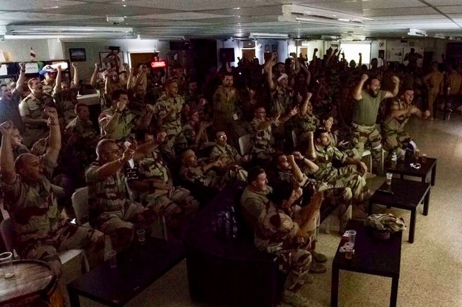 Des militaires de l'opération Chammal sur la Base aérienne projetée en Jordanie, dimanche.