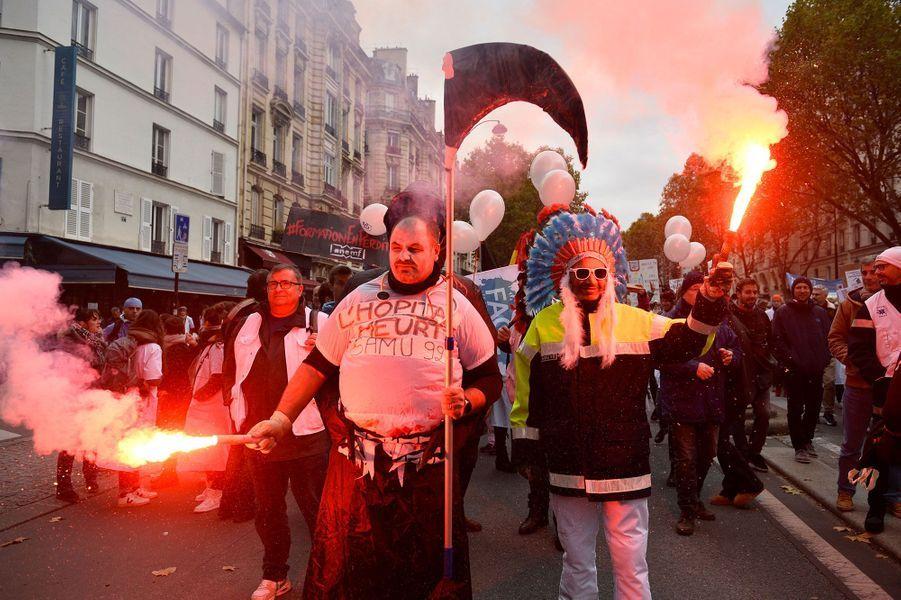 A la manifestation des personnels des urgences, jeudi, à Paris.