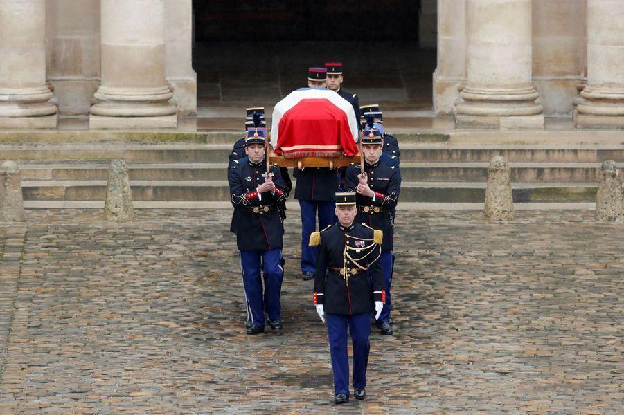 Le cercueil d'Arnaud Beltrame aux Invalides.