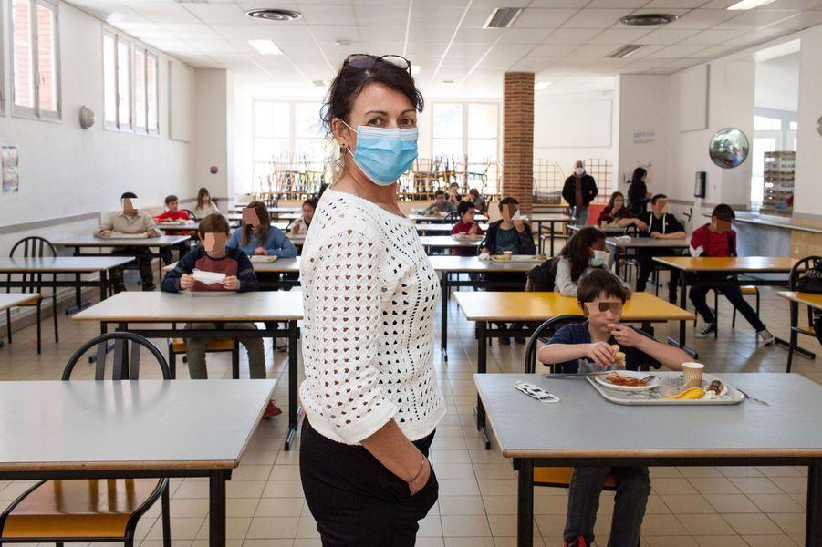 Au collège Ingres, à Montauban, lundi.