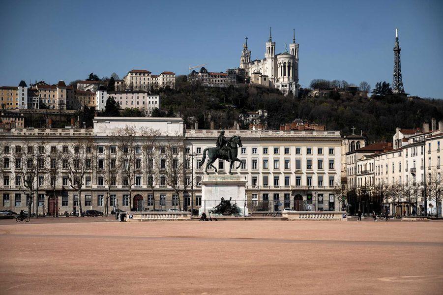 Place Bellecour, à Lyon