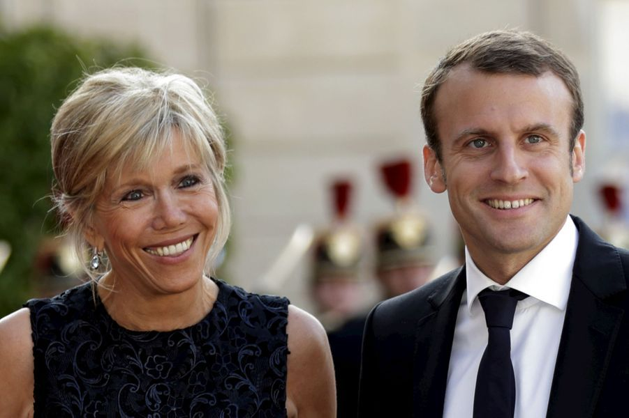 Emmanuel Macron et sa femme Brigitte à l'Elysée pour le dîner d'Etat donné en l'honneur du roi Felipe et de la reine Letizia d'Espagne