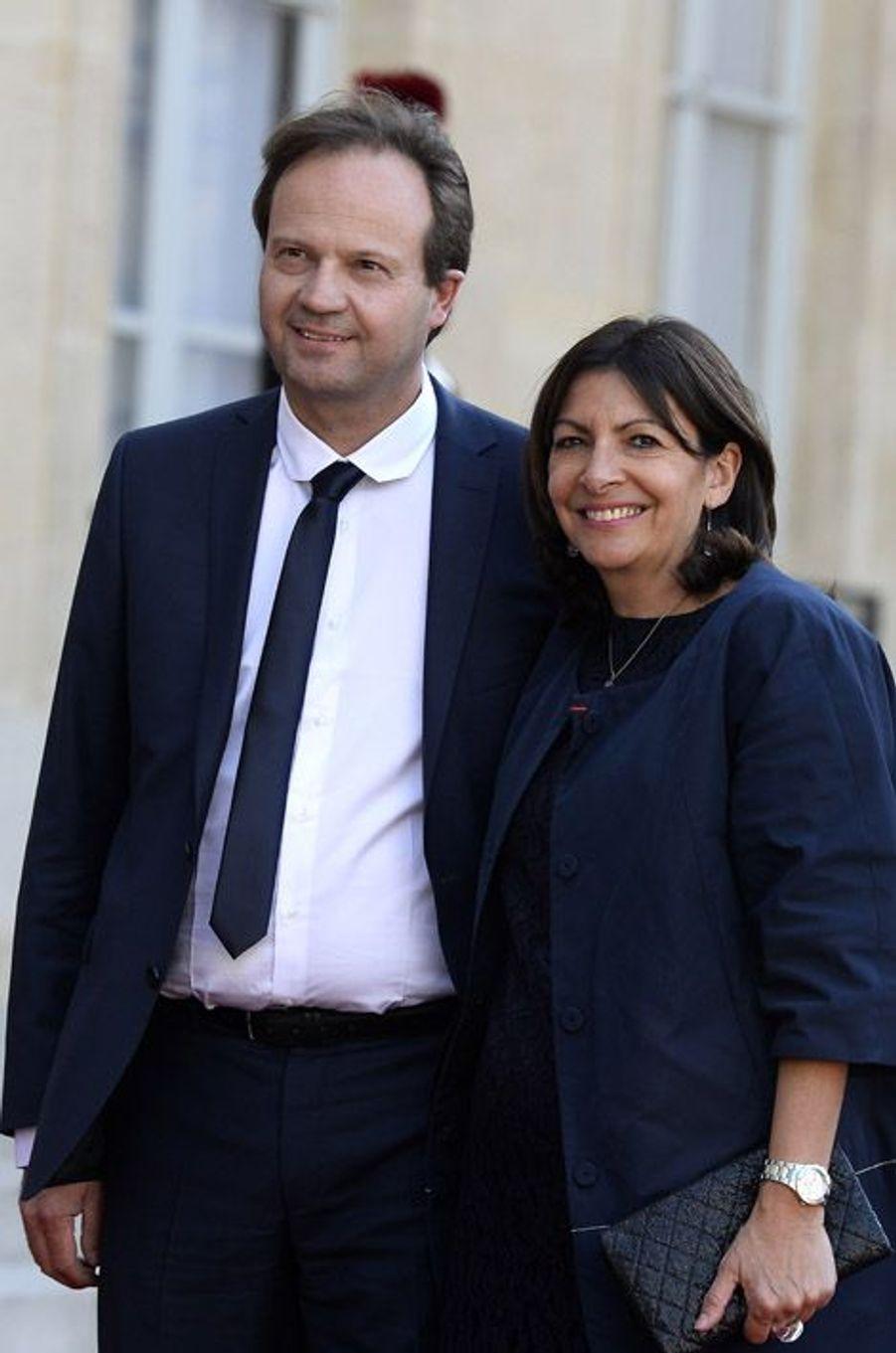 Jean-Marc Germain et Anne Hidalgo à l'Elysée pour le dîner d'Etat donné en l'honneur du roi Felipe et de la reine Letizia d'Espagne