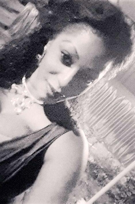 La cousine du joueur de l'équipe de France de football Lassana Diarra, qui était en train de jouer sur la pelouse du Stade de France lorsque les explosions ont eu lieu. Elle est morte alors qu'elle prenait un verre en terrasse avec une amie, elle aussi tombée sous les balles.