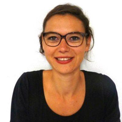 Charlotte Meaud, 30 ans, est morte avec sa soeur jumelle, Emilie, sur la terrasse du café Le Carillon. Cette chargée de développement de start-up habitait à Paris et a grandi à Aixe-sur-Vienne (Haute-Vienne). Elle a fait ses études à Lyon et à Strasbourg.