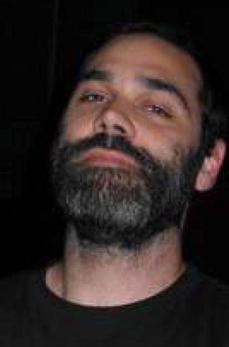 Christophe, 39 ans, directeur artistique chez Havas Life Paris, marié, deux enfants, vivait à Courbevoie.