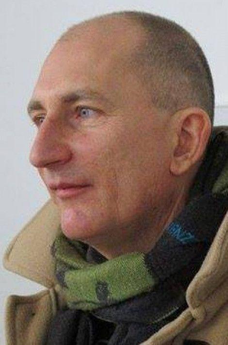 Fabian Stech, 51 ans, tué au Bataclan était critique d'art et aussi enseignant d'allemand dans un lycée privé de Dijon. Né à Berlin, il était installé en France depuis 1994 où il était marié à une avocate dijonnaise et père de deux enfants.