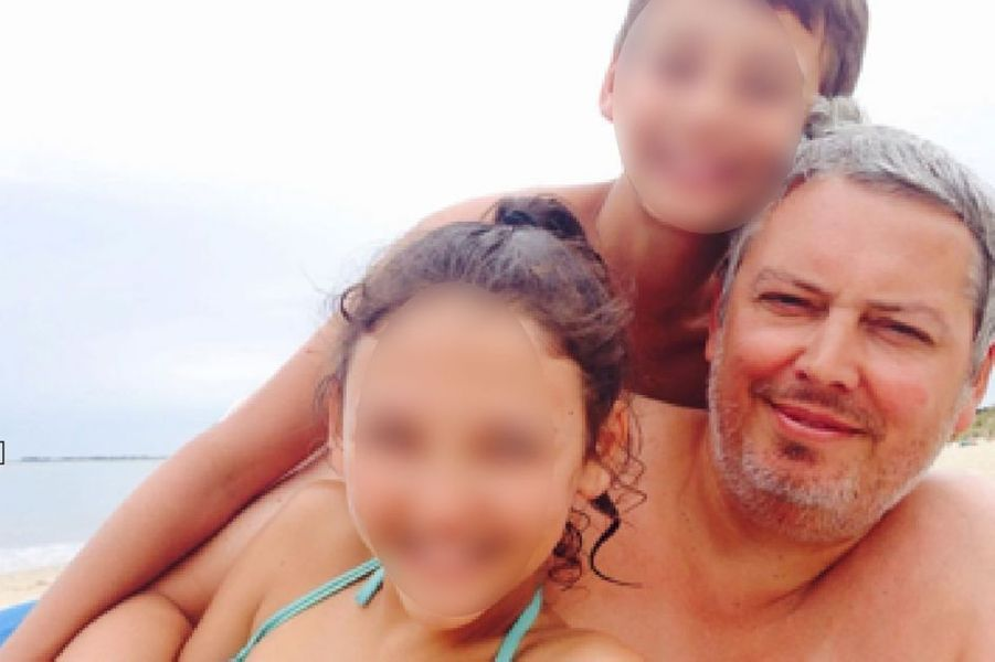 """Ce concepteur rédacteur chez Publicis conseil, se trouvait au milieu de la fosse du Bataclan lorsque les terroristes ont fait irruption. Il était venu au concert avec quelques amis. Marié, père de deux enfants de 11 et 13 ans, il était surnommé le """"gentil géant"""" en raison de sa haute taille de 2m."""