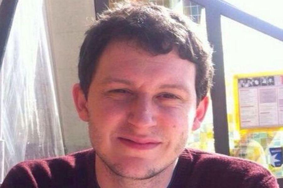 Mayeul, 30 ans, originaire de Morey en Saône-et-Loire, était juriste à Paris.