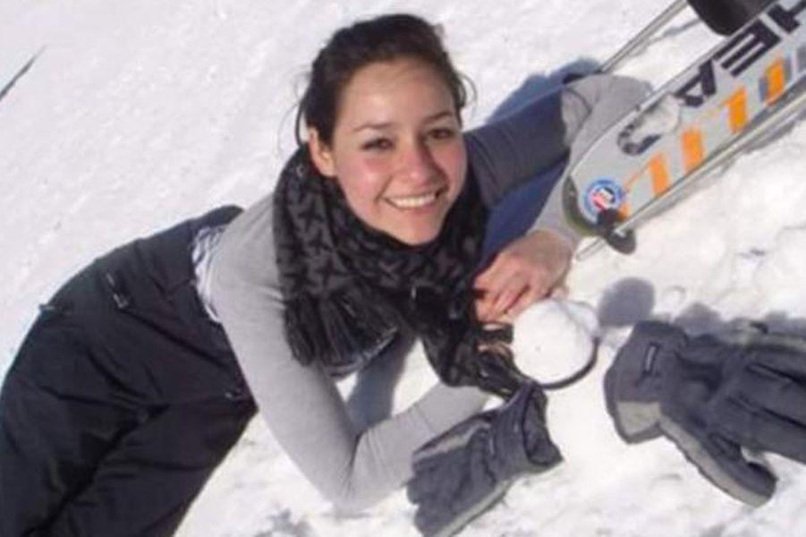 Elle était originaire de l'Etat de Veracruz, au Mexique. Elle a été tuée au restaurant La Belle équipe.