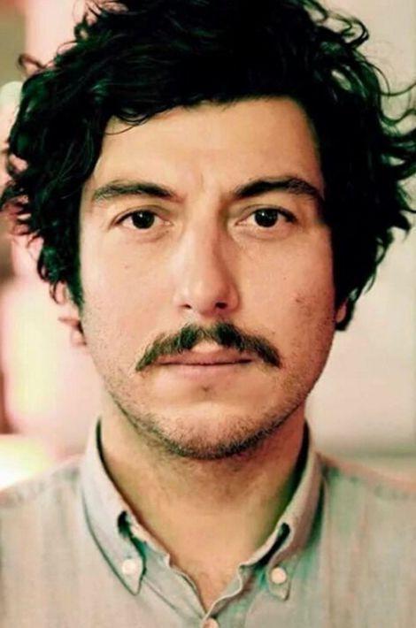 Il travaillait dans la publicité et chantait dans un groupe de rock. Il est mort au Bataclan.