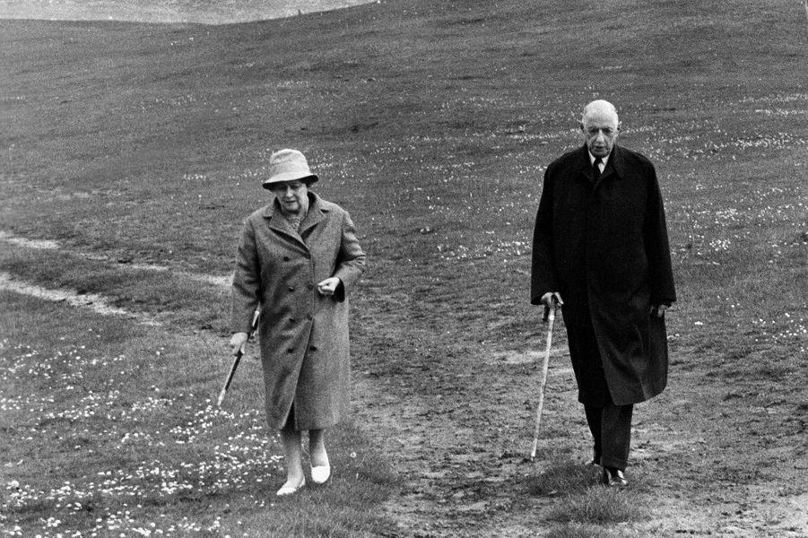Charles de Gaulle à la retraite de l'Histoire