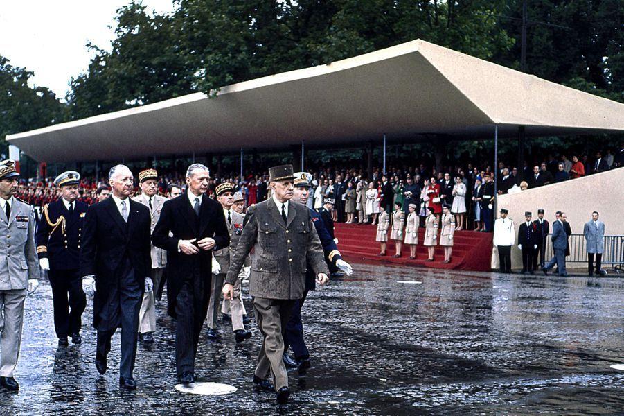 Les cérémonies du 14 juillet 1968 ont été gâchées par la pluie.