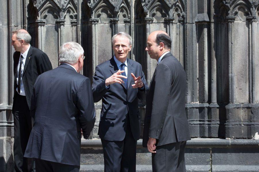 Jean-Dominique Senard et Louis Giscard d'Estaing aux obsèques de François Michelin à Clermont-Ferrand