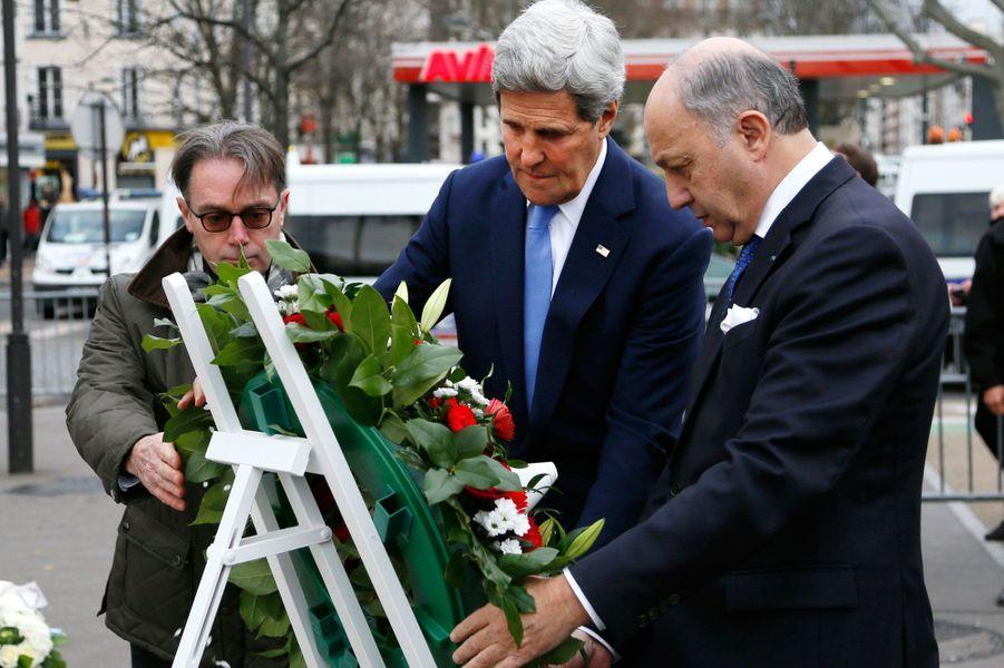 John Kerry et Laurent Fabius devant l'Hyper Cacher, Porte de Vincennes