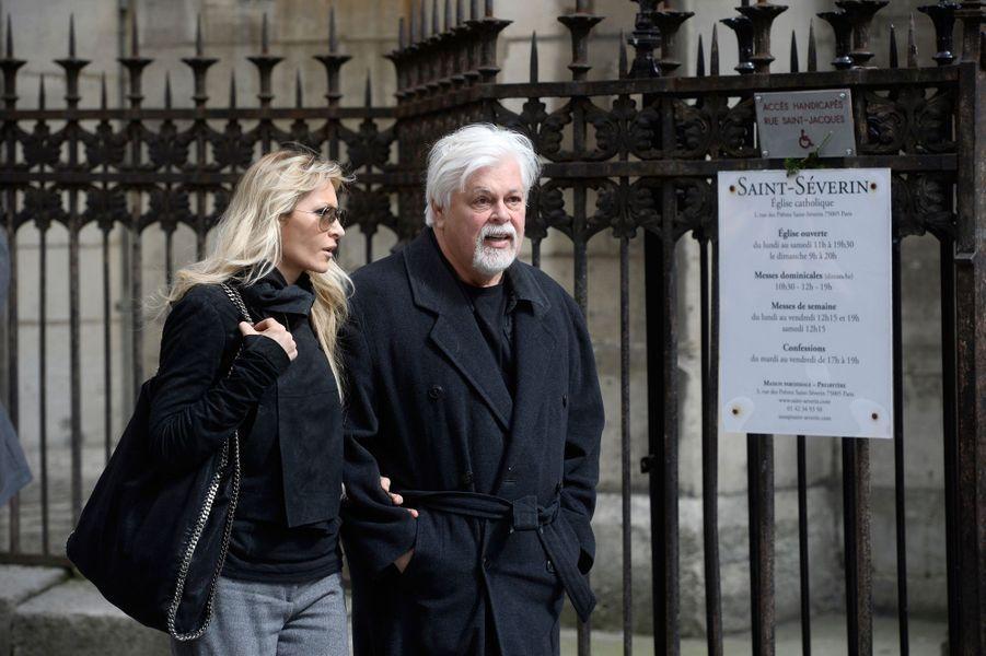 Paul Watson aux obsèques de Florence Arthaud à Paris