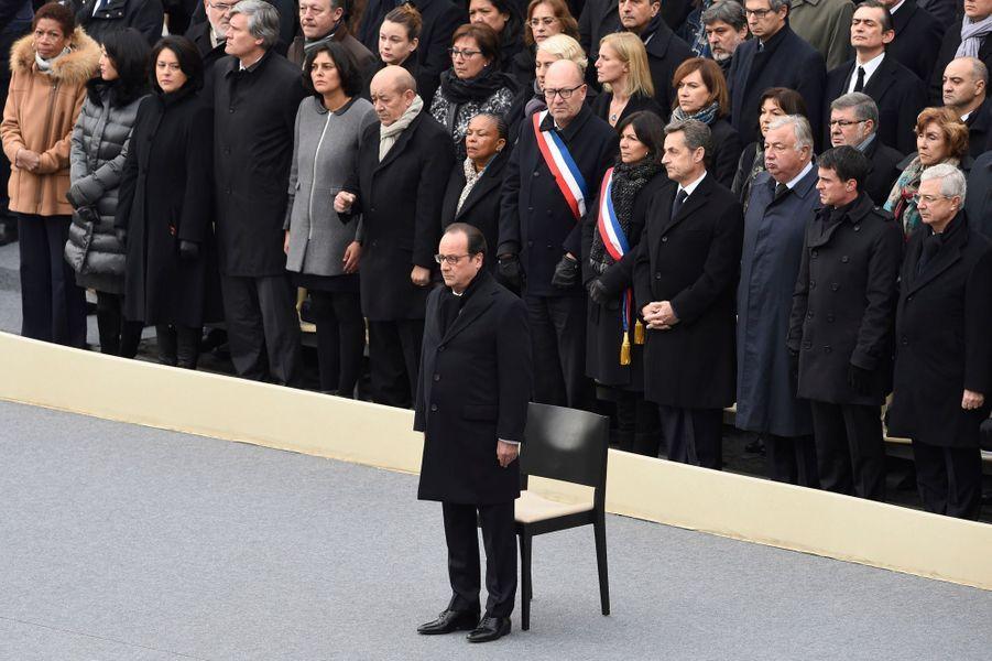 François Hollande devant la classe politique