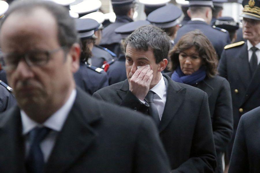 La Cérémonie À La Préfecture De Police De Paris En Hommage Aux Policiers Tués Par Les Terroristes