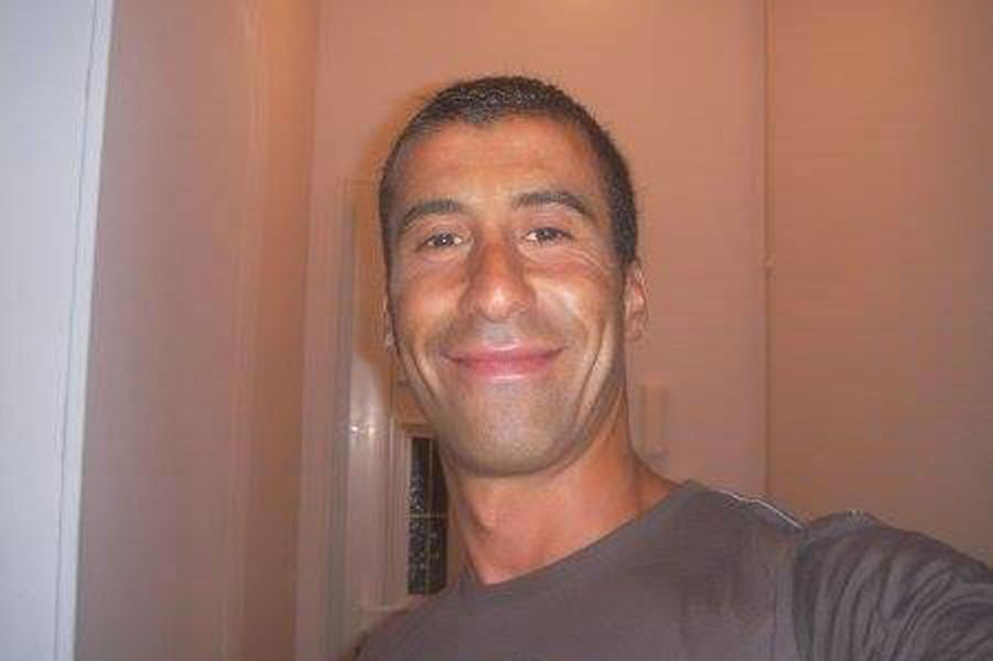 Le policier Ahmed Merabet enterre mardi a Bobigny