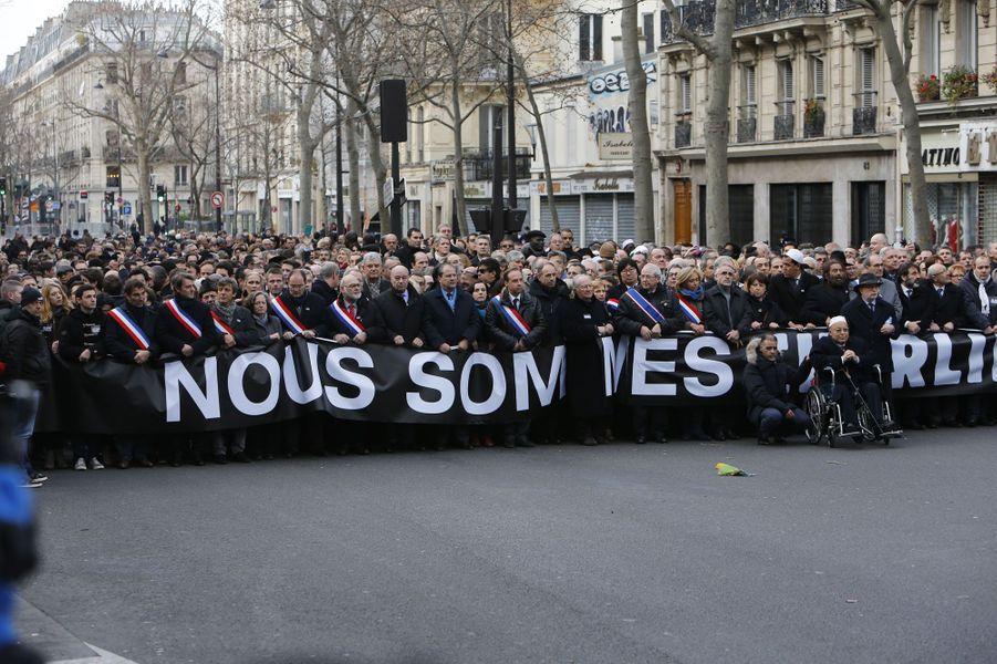 Les hommes et femmes politiques français durant la marche républicaine à Paris