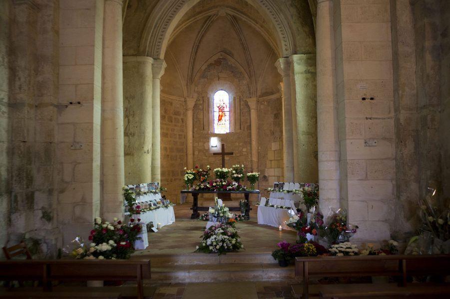 L'église de Petit-Palais, lundi matin